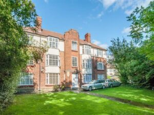 Chasewood Court, Mill Hill , NW7